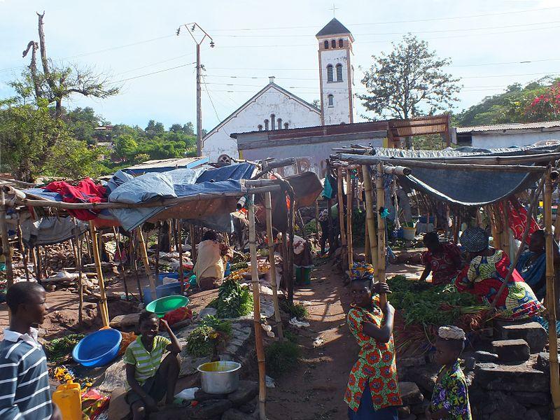 Imagen de la noticia Refuerzo a la atención primaria de la salud y fortalecimiento del sistema de salud materno infantil en la periferia de Kinshasa, promoviendo la prestación de servicios sanitarios de calidad centrados en la mujer