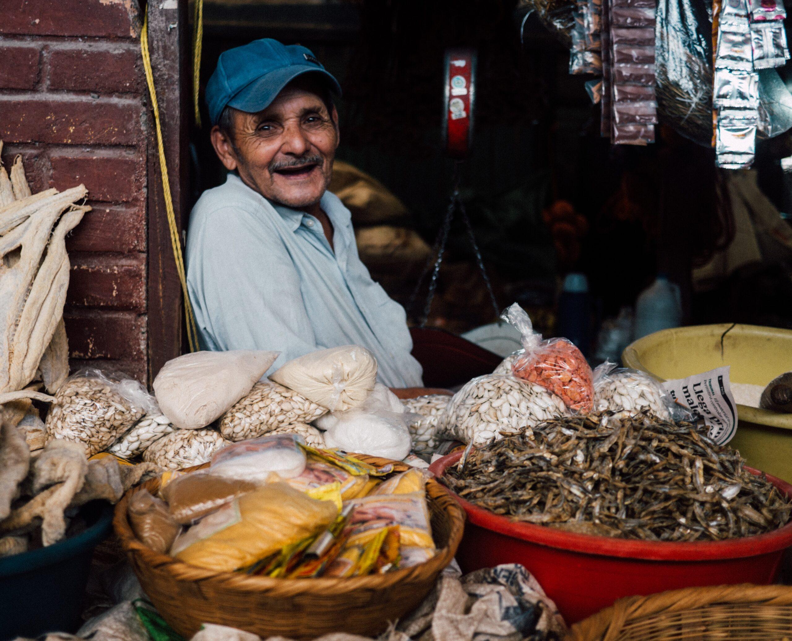 Imagen de la noticia Fortalecimiento de la competitividad empresarial de las asociaciones de productores de artesanía de tradición lenca de Lempira, Intibucá, La Paz y Comayagua
