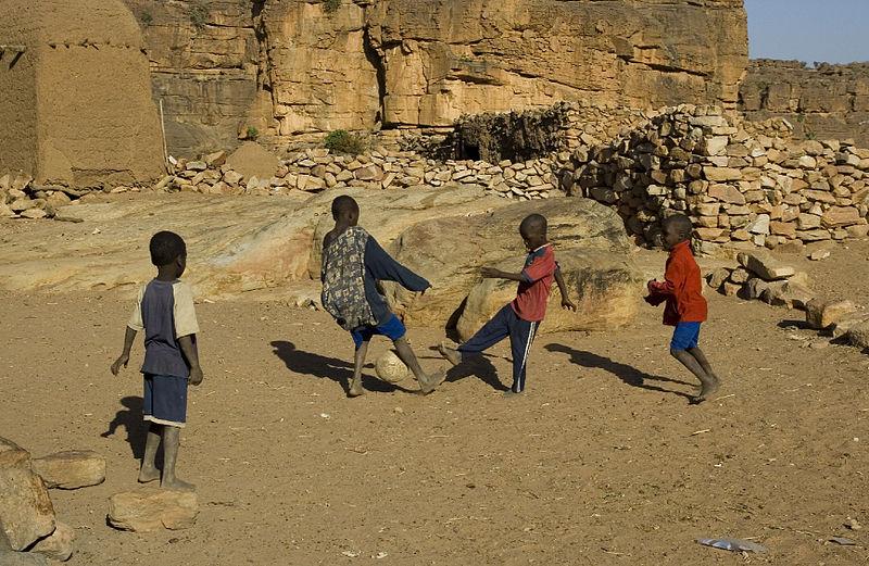 Imagen de la noticia Reducción de la mortalidad y la morbilidad materna y neonatal en la comuna VI de Bamako mediante actividades de prevención y tratamiento de calidad para las mujeres embarazadas basados en un abordaje comunitario con perspectiva de género