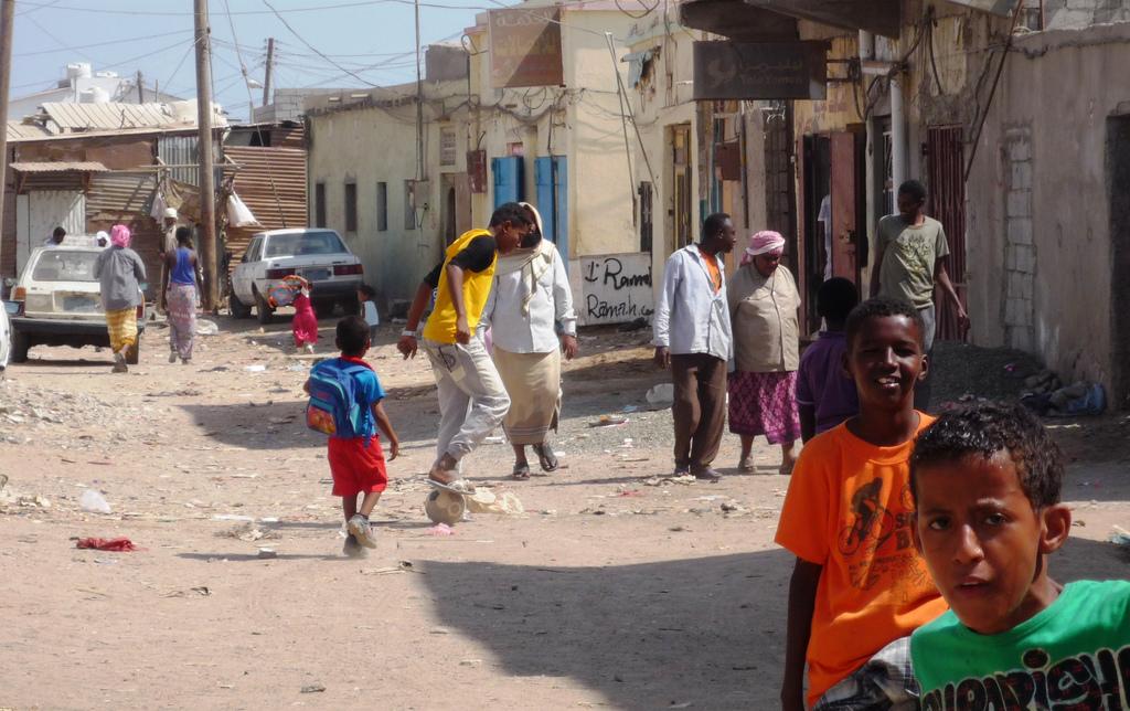 Imagen de la noticia protección y asistencia urgente a mujeres, niñas y niños desplazados en Yemen